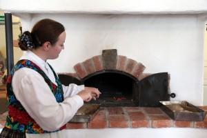 haciendo pan negro Lituania