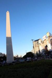 Obelisco, avenida 9 julio, Buenos Aires