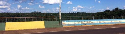 Panoramica puente frontera brasil y argentina