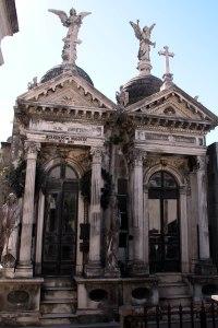 panteones, cementerio La Recoleta