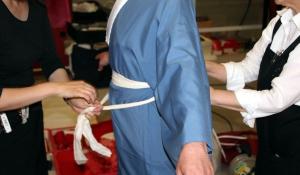 transformacion samurai - detalle bajo el kimono