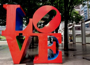 letras LOVE Tokio
