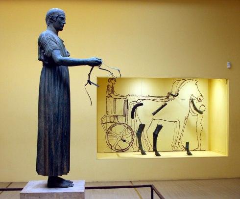 El Auriga, Delfos