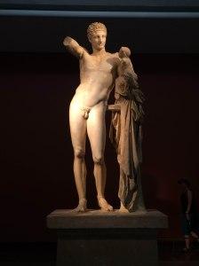 Hermes con el niño Dioniso, estatua