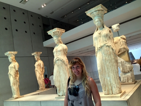 Inma Soucase y las Cariátides, Museo Acrópolis, Atenas