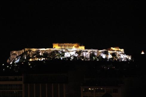 panoramica Acropolis vista nocturna desde el hotel Titania