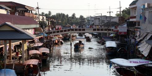 Canal del Mercado flotante Amphawa