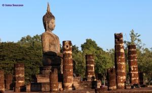Parque Histórico de Sukhothai - templo Wat Si Sawai 2