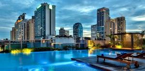 piscina Hotel Radisson Blu Plaza Bangkok, foto web