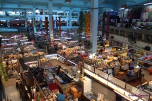 Talat Warorot Market - plano general interior