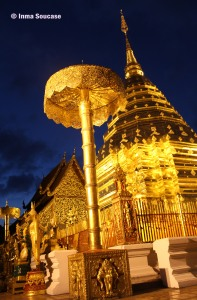 Templo Doi Suthep, Chiang Mai - patio interior