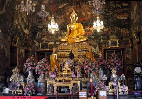 Wat Arun - buda interior