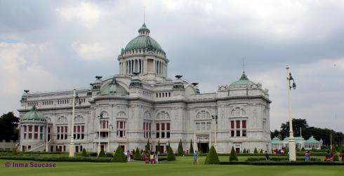 Ananta Samakhom Throne hall - exterior