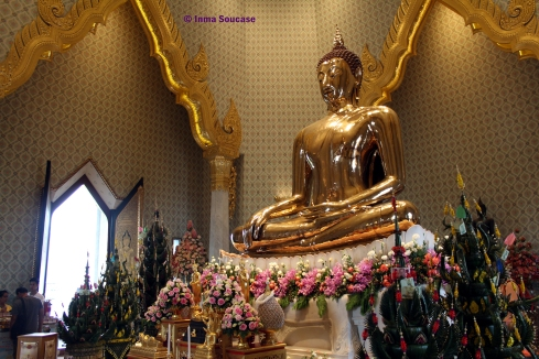 Golden Buda - interior