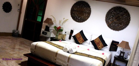 Hotel Khao Sok and spa - bungalow interior