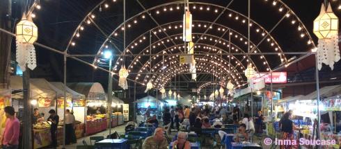Kalare Night Bazaar - puestos comida
