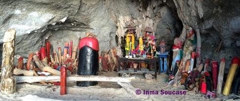 Phra Nang templo falos pescadores 2